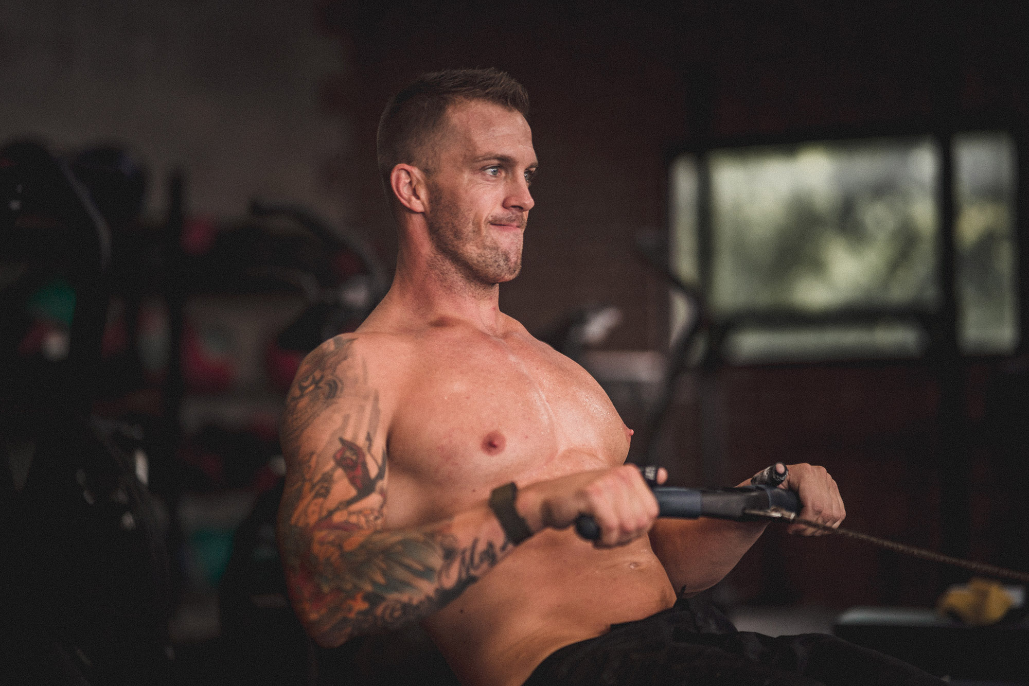 man with good physique doing aerobic workouts